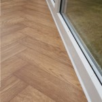 Silicone edge on vinyl flooring