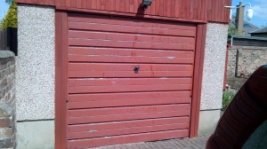 Garage door before starting